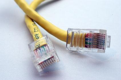 Guía de conexión del cable de la red