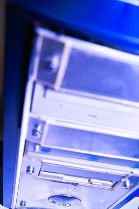 Cómo actualizar una puerta de enlace Rendimiento 1,000 placa madre