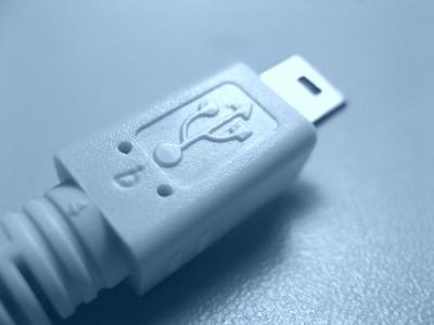 Cómo conectar un cable de interfaz USB