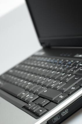 ¿Cómo hacer un downgrade a Windows XP Pro en un ordenador portátil Toshiba Satellite L300D