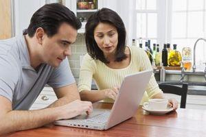 Cómo crear una lista de distribución de contactos en Office Outlook Web Access