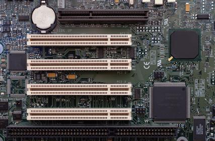 Cómo restablecer el BIOS en una placa madre XFX